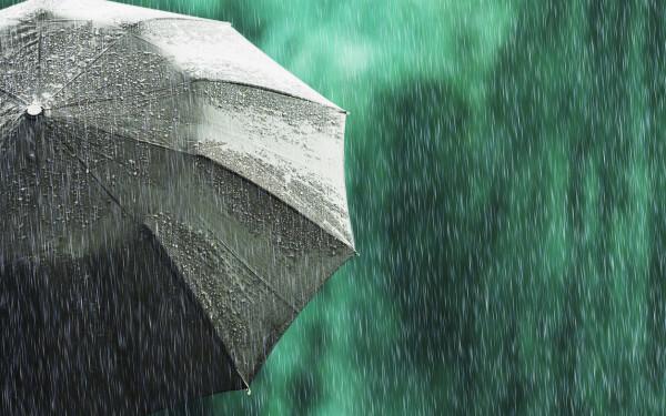 Atenționare meteo. Cod galben de ploi torenţiale și grindină în 32 de judeţe