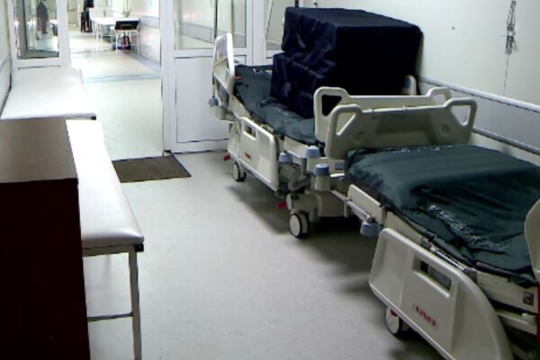Achiziții de sute de milioane de euro în perioada crizei sanitare. Două spitale noi stau închise pentru că sunt nefuncționale