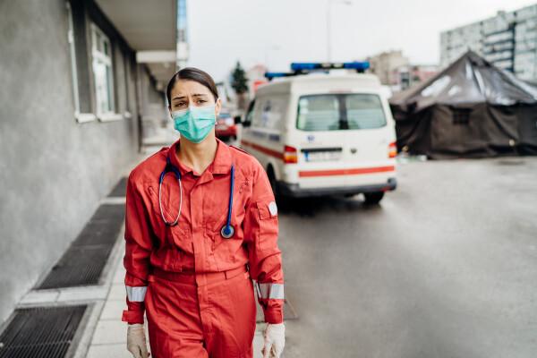 România, pe primul loc în Europa și pe trei în lume la decesele provocate de Covid