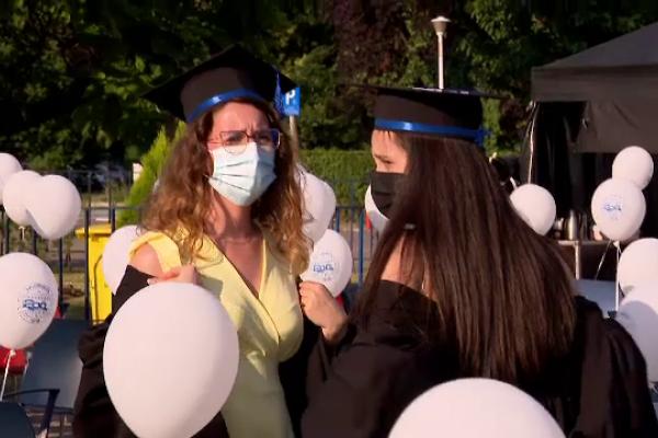 Aproape 4.000 de ingineri au absolvit Universitatea Politehnică din București. Rector: \
