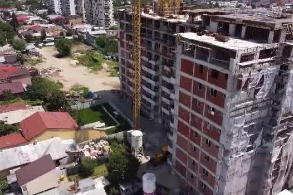 Anchetă Inspectorul Pro. Bloc cu 6 etaje adăugate ilegal, în București. Dezvoltatorul a primit 5.000 lei amendă