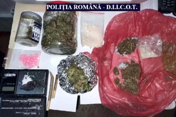 Traficanți de droguri, prinși în Vama Veche. Oferta e pe măsura aglomerației