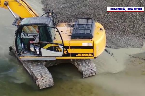 """""""România, te iubesc!"""". Cum acţionează balastierele pe râurile româneşti. """"Nu mai sunt peşti, nu mai e nimic"""""""