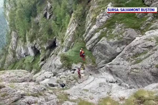 Operațiune complexă a salvatorilor montani, în Munții Bucegi. Un alpinist de 62 de ani a căzut în gol de la 12 metri