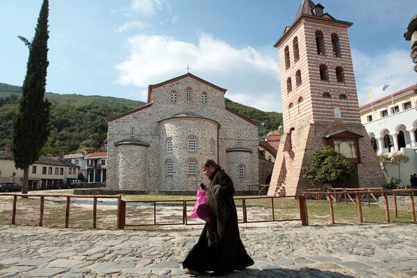 """Schitul românesc Prodromu, despre cei 1.000 de călugări de pe Muntele Athos infectați cu Covid-19: """"Manipulare grosolană"""""""