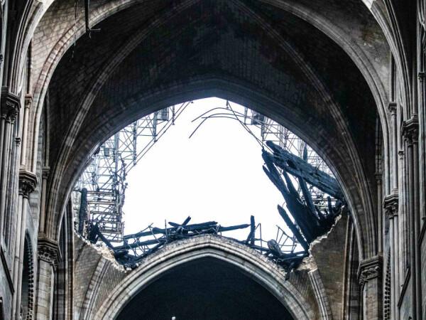 Primele imaginii din interiorul Catedralei Notre Dame - 5