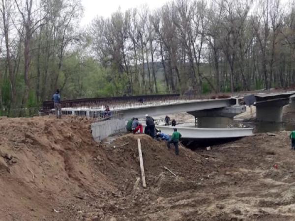 Pod prăbușit la Stoina, în Gorj, sunt victime