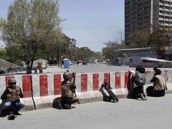 Bătălie sângeroasă în centrul oraşului Kabul.