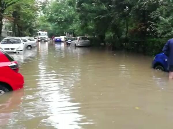 parcare inundata