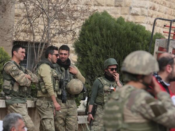 militari turci in Siria