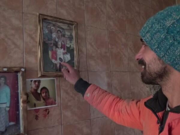 Trei fetițe rămase fără mam se vor muta în curând într-o casă nouă, împreună cu tatăl lor, prin proiectul Magic Roof