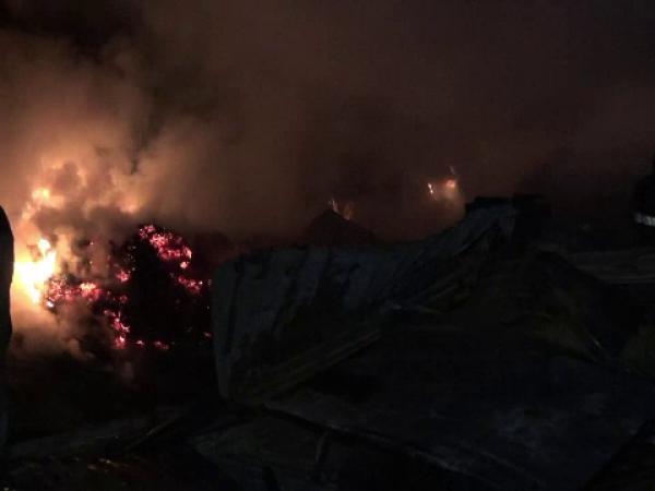 Dezastru pentru trei familii din Bacău