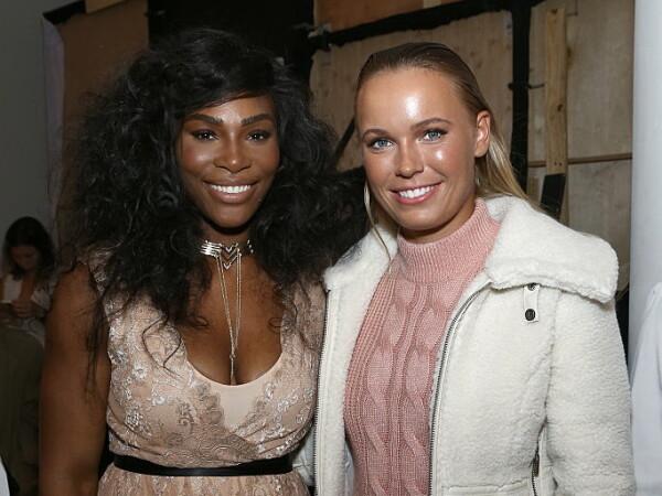 Caroline Wozniacki si Serena Williams