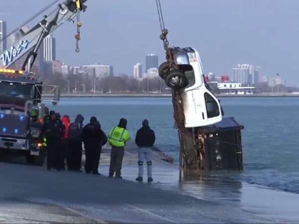 camion scufundat