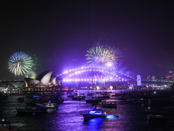 Foc de artificii în Sydney la intrarea în anul 2020