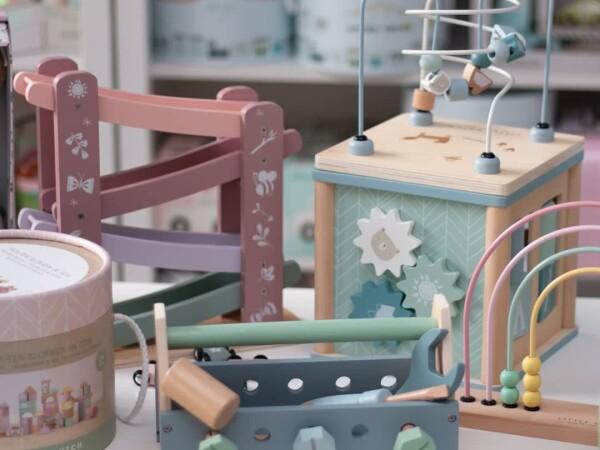 Fă cunoștință cu jucăriile Little Dutch by Catenlunasinstele.ro