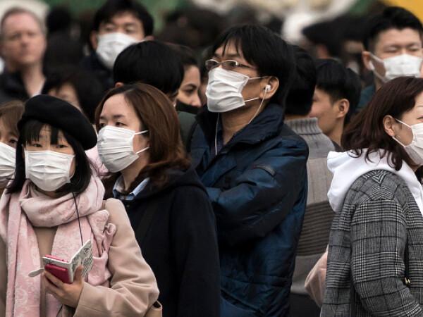 Piaţa neagră a măştilor medicinale din China. Comercianții ar putea fi închiși pe viață