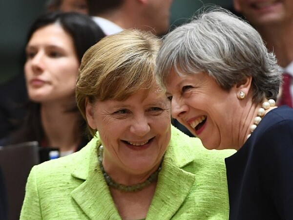 Angela Merkel, Theresa May