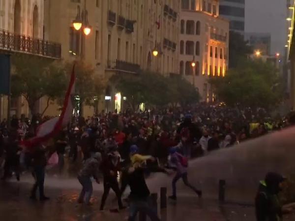 Scene violente în Liban