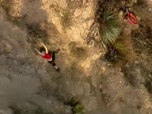 Femeie cazuta de pe munte