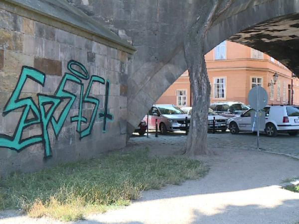 Pod vandalizat