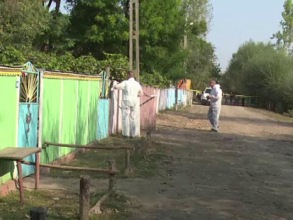 Un tată a fost ucis cu mai multe lovituri de cuțit de fiul lui, în Botoșani