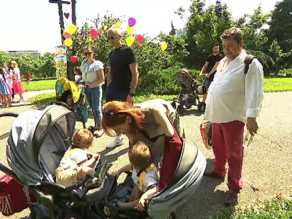 copii in parc