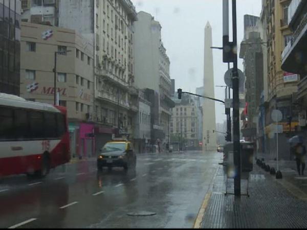 Argentina şi Uruguay revin încet-încet la normalitate