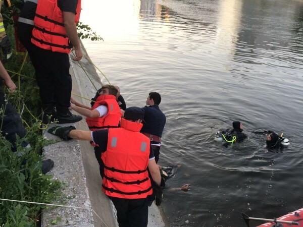 Tânăr înecat în Dâmbovița - 4