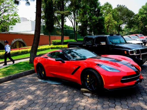 Țara care vinde mașinile de lux ale corupților, pentru a da bani oamenilor săraci