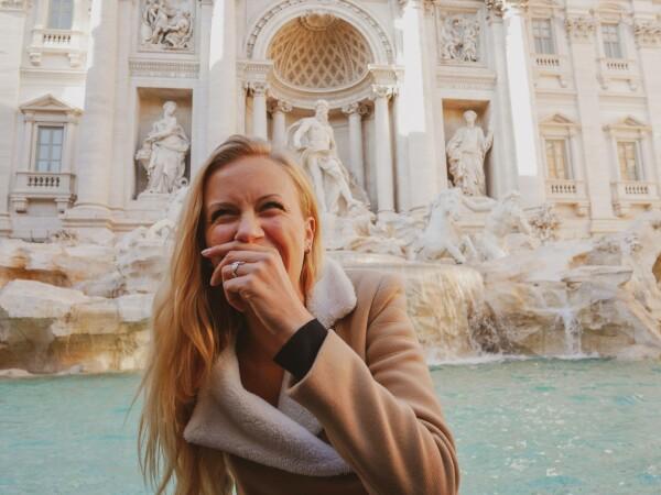 O tânără și-a pierdut aparatul foto pe care avea poze indecente - 4