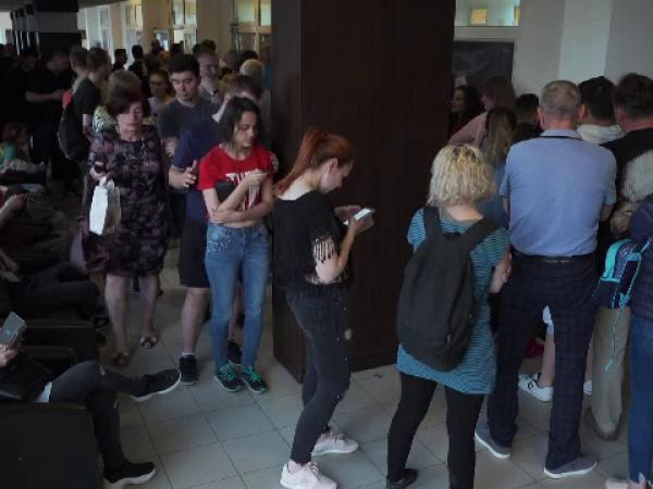 Scandal la secțiile de votare din țară la închiderea urnelor