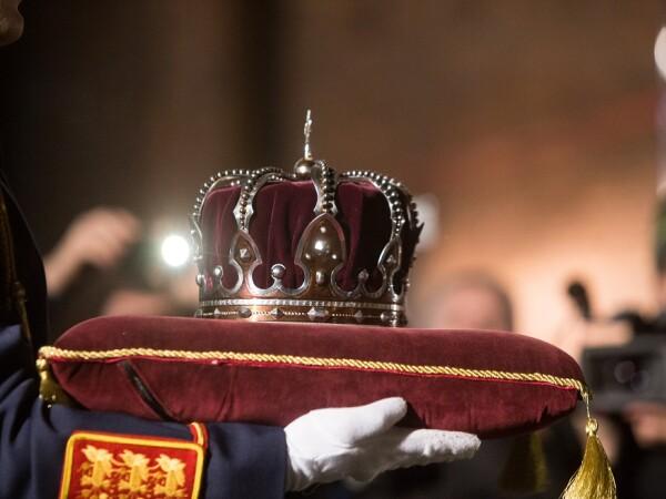 Funeraliile regale la Curtea de Arges