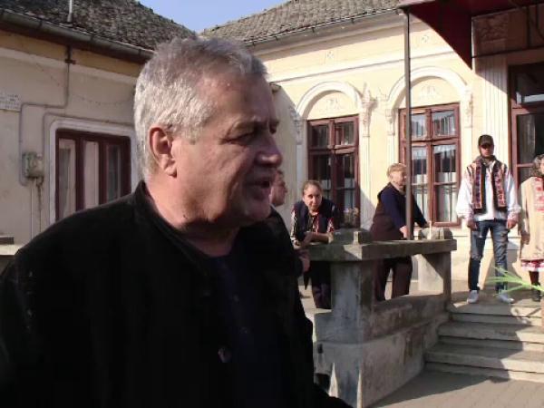 """Mircea Dinescu, despre zaibărul din orașul lui Amza Pellea: """"Trebuie băut repede"""""""