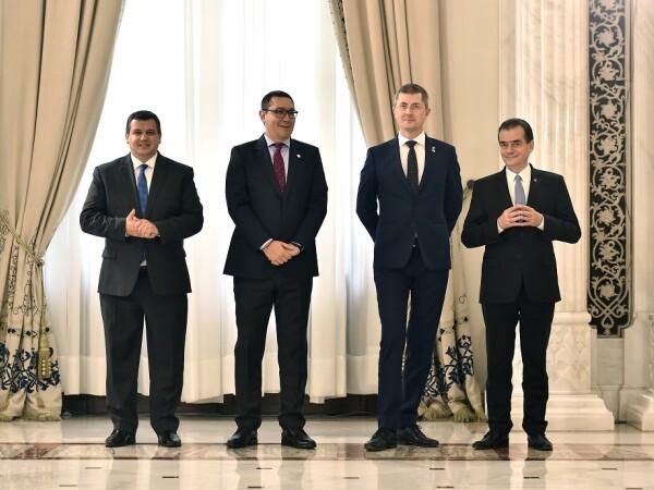 Presedintii PMP, Eugen Tomac, PRO Romania, Victor Ponta, USR, Dan Barna, si PNL, Ludovic Orban, participa la ceremonia publica de semnare a Acordului Politic National