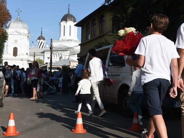 Deschiderea anului scolar la Scoala Gimnaziala Sfantul Silvestru din Bucuresti,