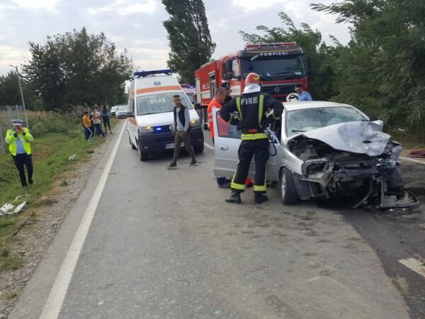 Doi morți într-un accident în Bacău