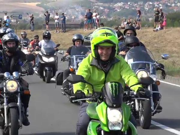 2000 de motocicliști la un marș pentru schimbarea legislației rutiere. Solicitarea lor