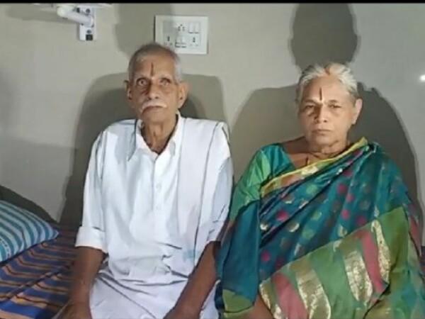O femeie din India a devenit mamă de gemeni la 74 de ani