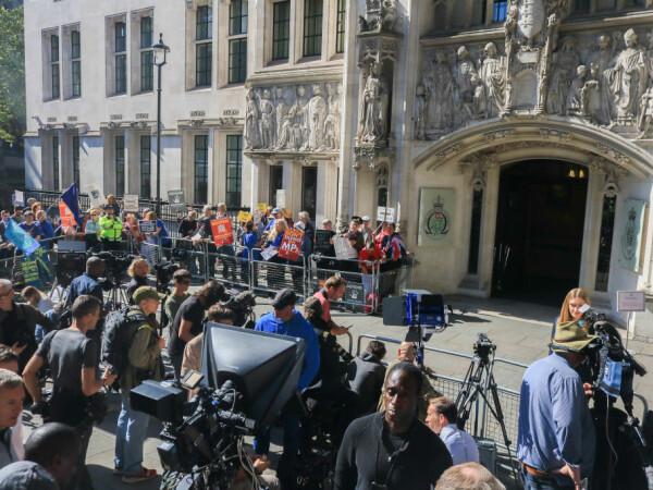 Brexit. Protest în fața Curții Supreme din UK - 3
