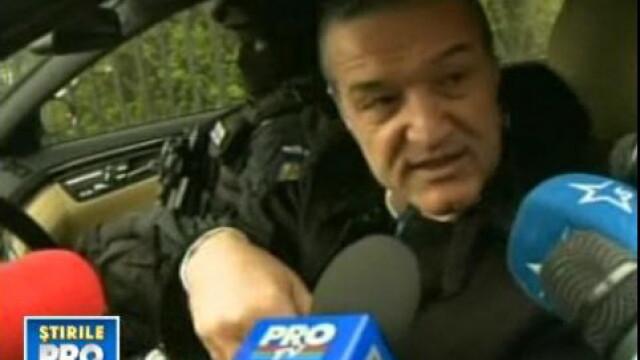 Gigi Becali, ridicat de politie! IMAGINI DE LA DESCINDERE!