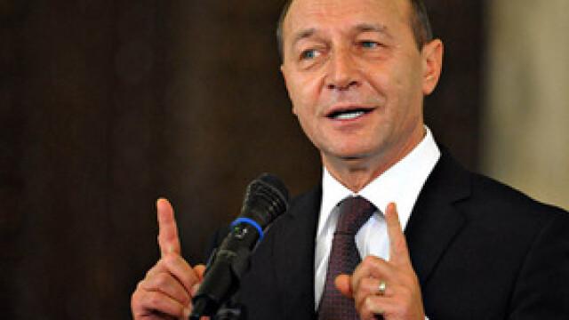 Traian Basescu: Sistemul trebuie sa scape de functionarii incompetenti