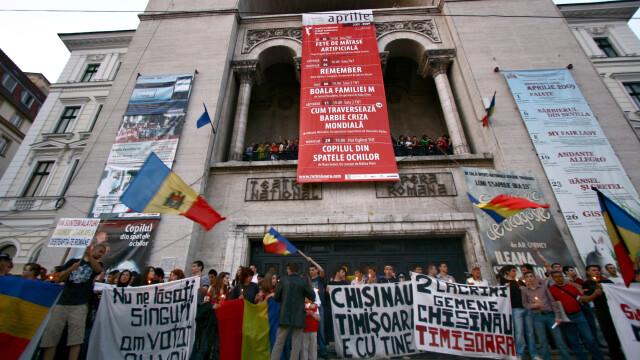 Revolta in Moldova! Un moldovean a murit dupa ce a fost batut de politie - Imaginea 19