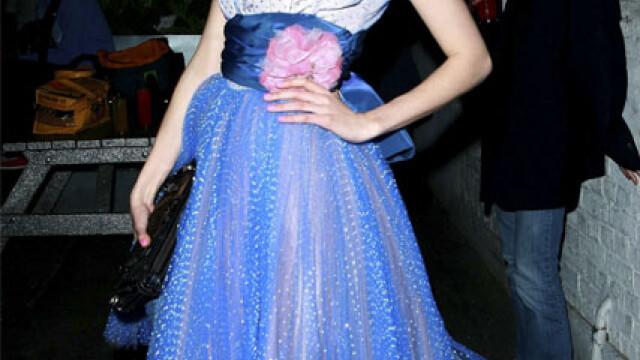 Cheryl Cole de la Girls Aloud e cea mai bine imbracata vedeta! - Imaginea 7