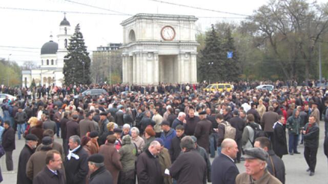 Revolta in Moldova! Un moldovean a murit dupa ce a fost batut de politie - Imaginea 1