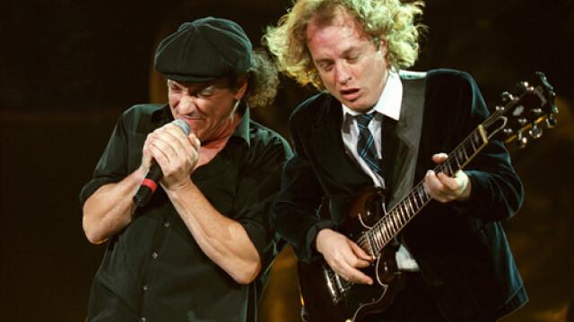 MEGA-concert! AC/DC a electrizat duminica seara Bucurestiul - Imaginea 1