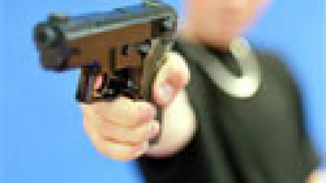 In loc de carti si caiete, un elev de 9 ani a venit la scoala cu un pistol!