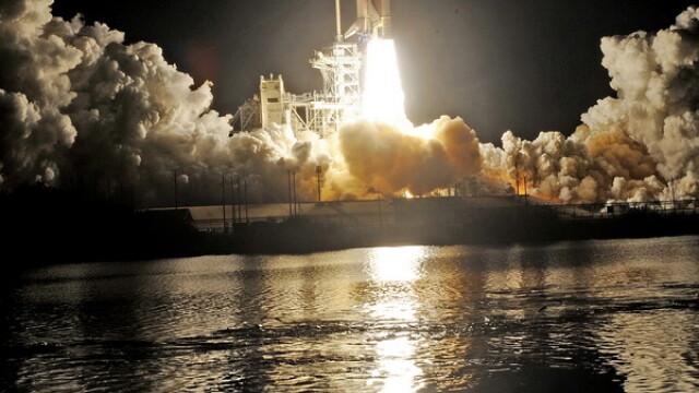 Adio Marte, adio Luna. Obama tine NASA la sol. Nu-s bani