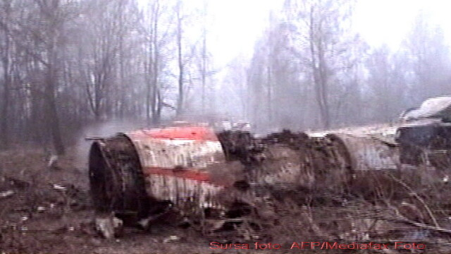 Rudele victimelor accidentului de la Smolensk isi identifica mortii! - Imaginea 1