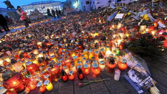 Carti de condoleante, deschise in ambasadele poloneze din intreaga lume